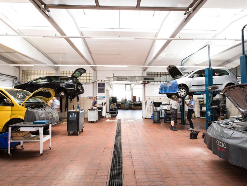 KFZ-Meisterwerkstatt für PKW und Nutzfahrzeuge